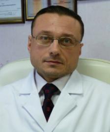 Главный врач клиники