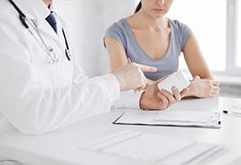 Медцентрум Симптомы язвенного колита: как проявляется болезнь?
