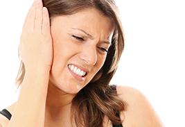 Медцентрум Боль в ухе – причины и симптомы